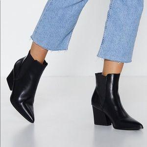 Truffle Midi Black Leather Boots